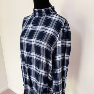 Ann Taylor LOFT Navy Plaid Mock Turtleneck Blouse